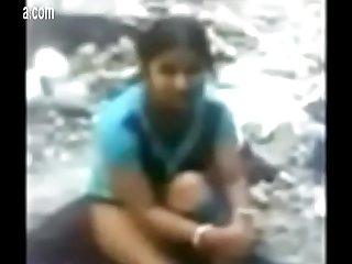 0482014261 Desi Girl Fucked Up Outdoor
