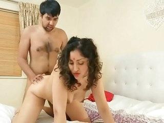 ⭐⭐⭐Desi bhabhi fucks drunk devar - HD hindi xxx free full film on profile POV Indian