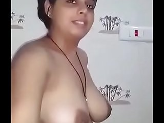 Desi beautiful boob show