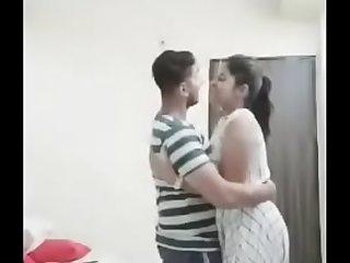 Mumbai girl fast honeymoon in Manali